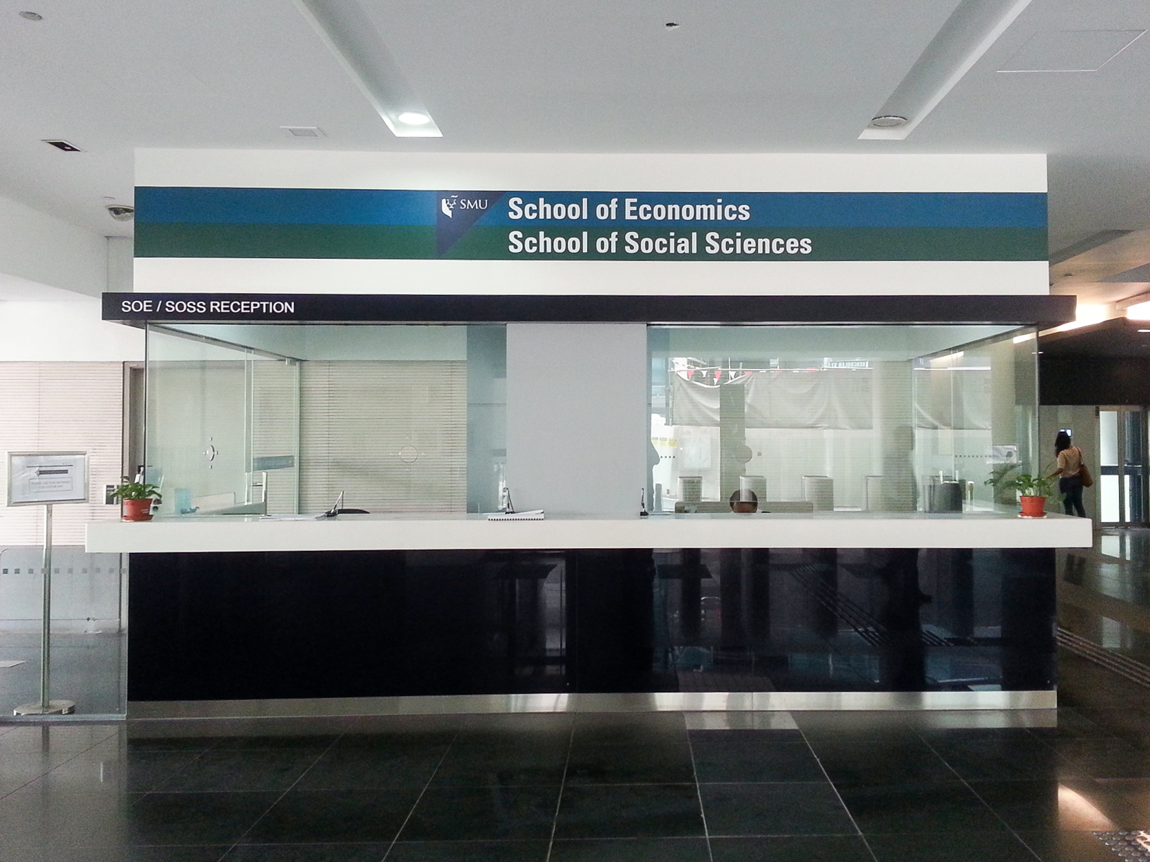 Singapore Management University (Smu) Reception Counter